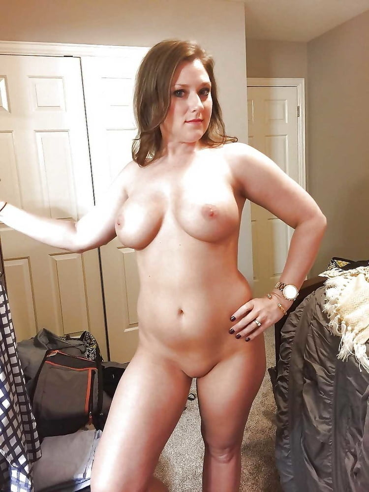 Wives and GFs 81 - 25 Pics