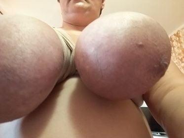 Eutertitten dicke Diese Brustform