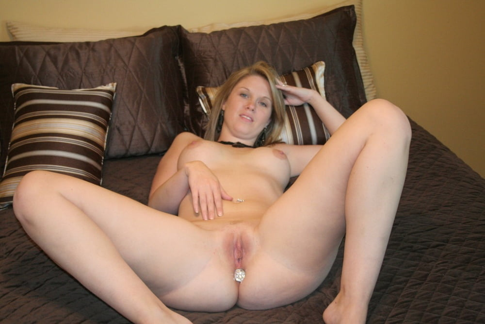 Hot young sluts spread pussy 7