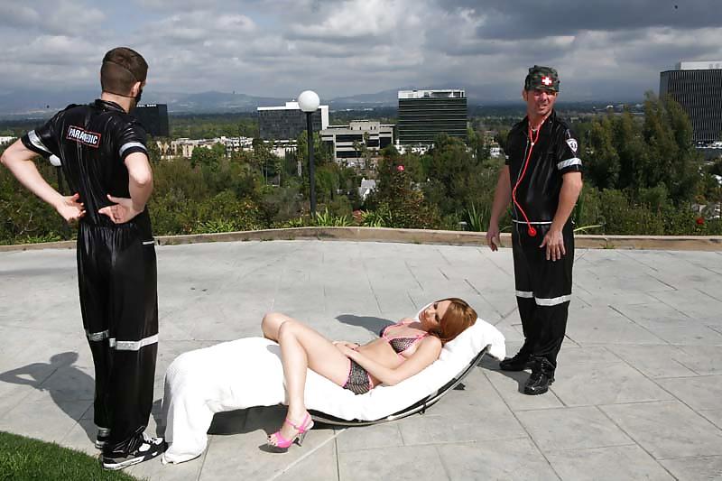 Naked Man Assaults Baltimore Paramedics