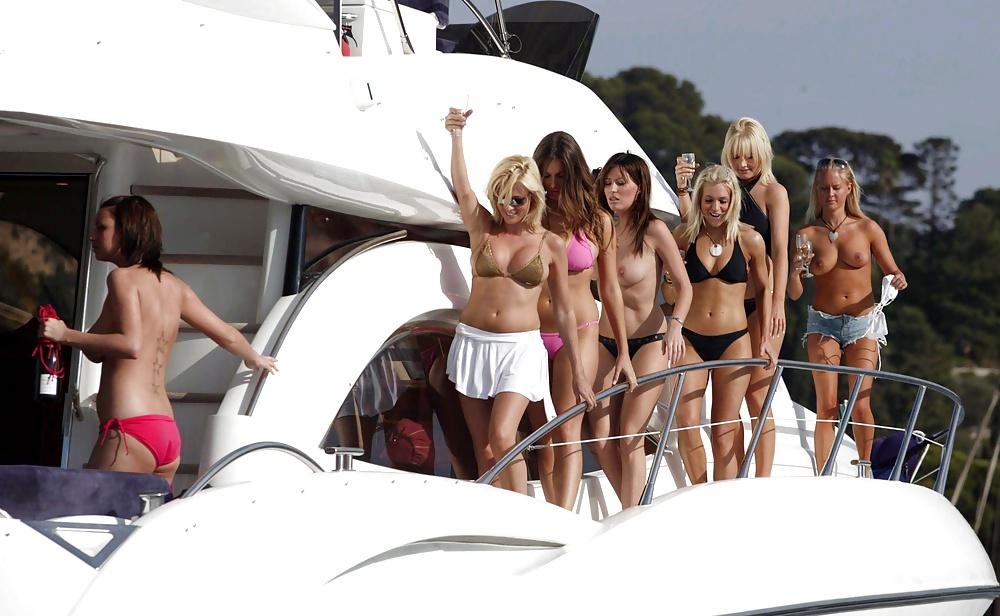 Big topless girls