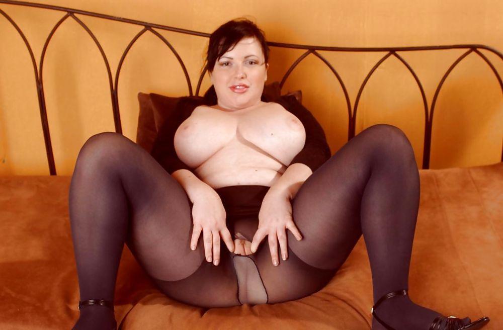 Большие сиськи толстые женщины в колготках голые краснодар