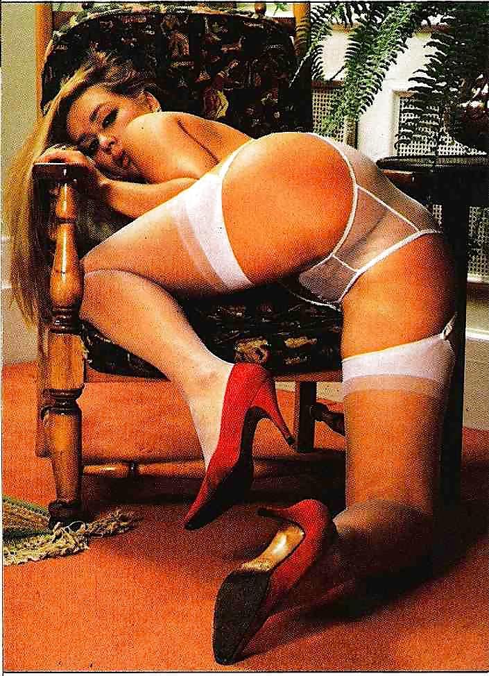 Erotic Pix Swinging on a star wav file