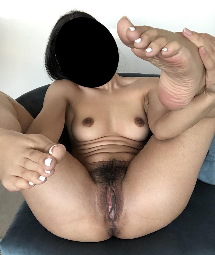Hot Mideast Girls Nude Photos