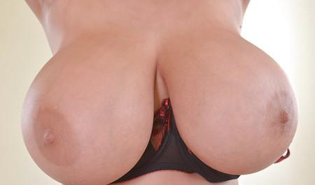 Franzi nude