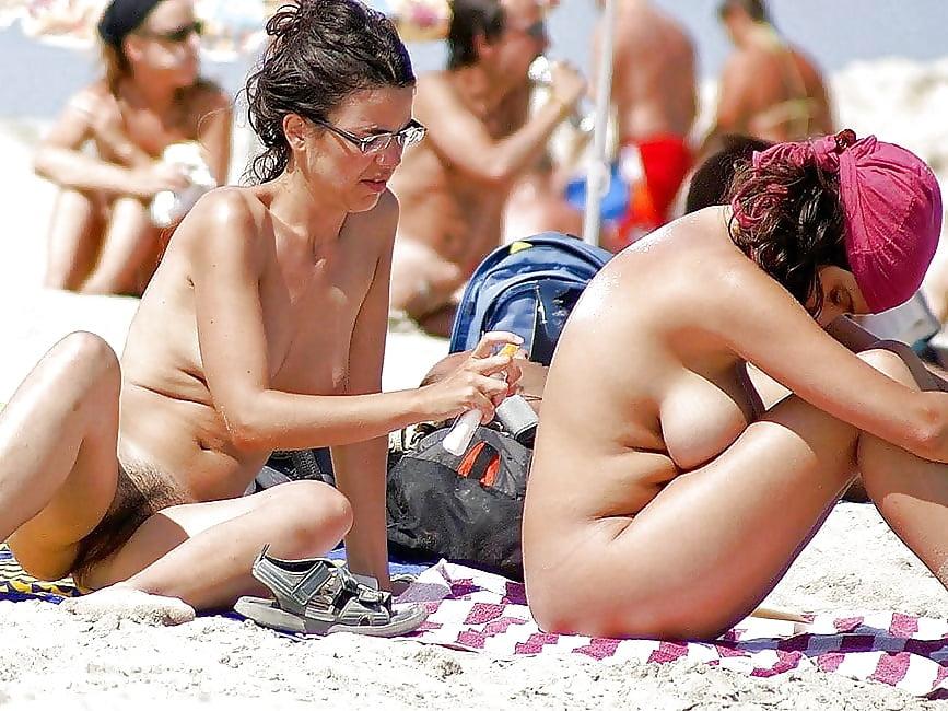 Free Candid Nude Girls
