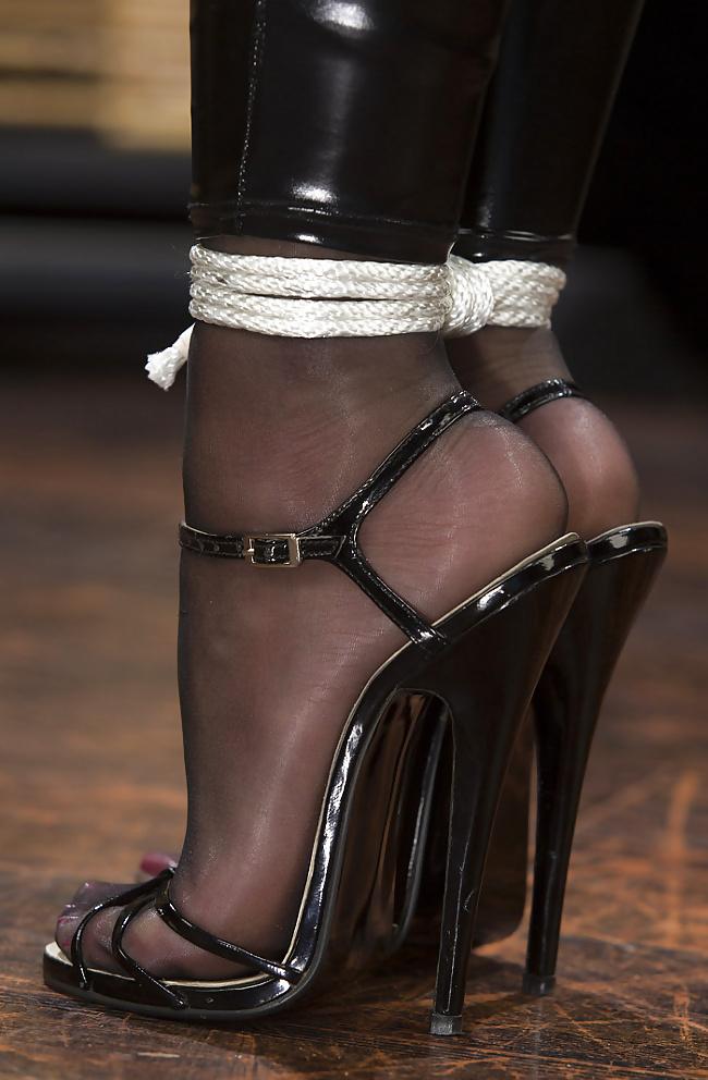 Shoe fetish bondage bachelorette fuck