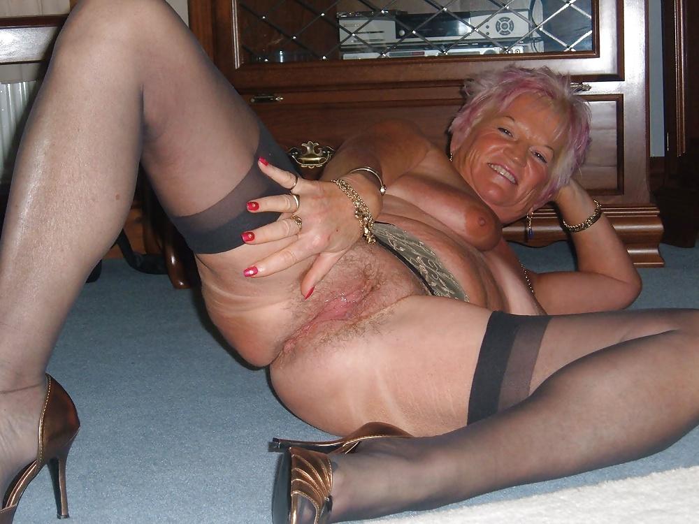 Bianca Arden Having Hot Sex With Nasty Horny Grandma