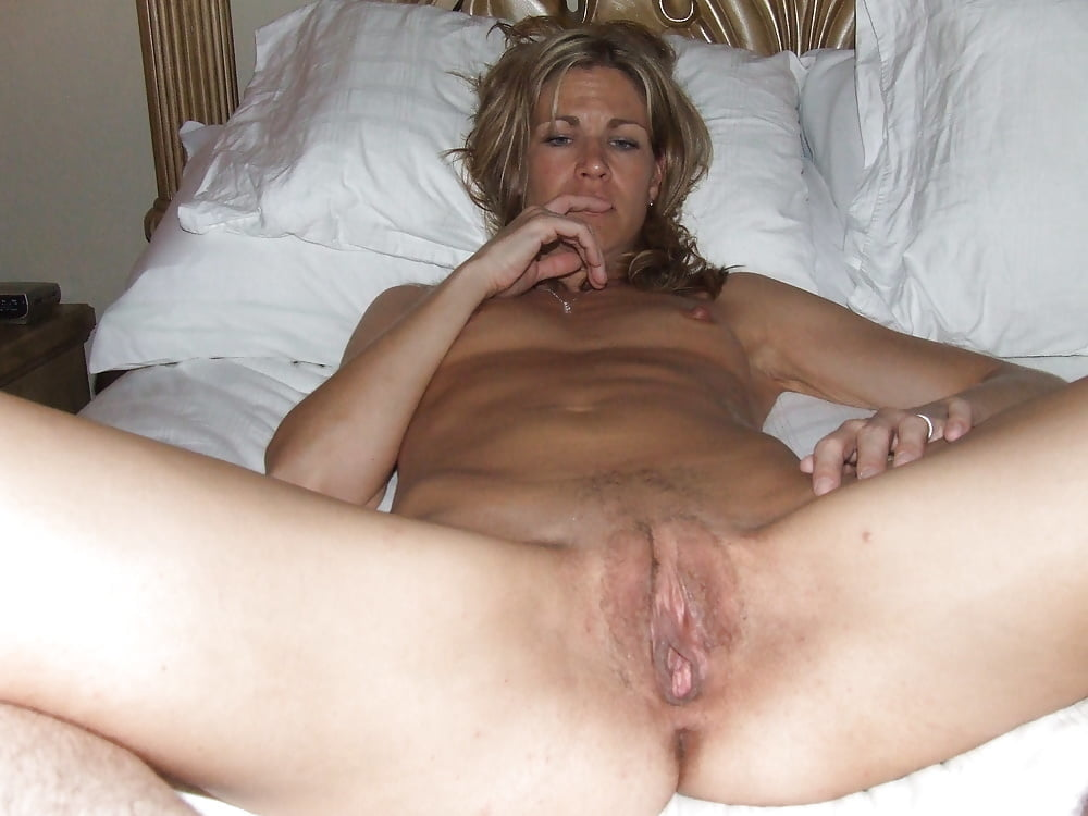 Homemade amateur private mature wife — photo 5