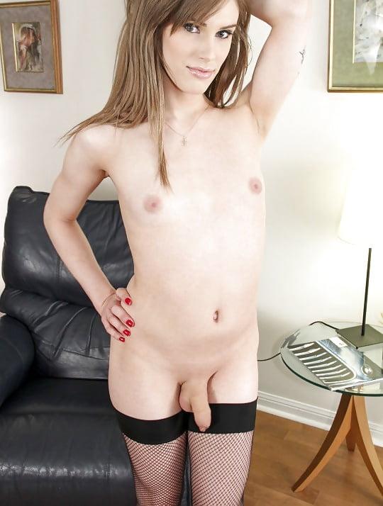Small Tits Sexy Pics