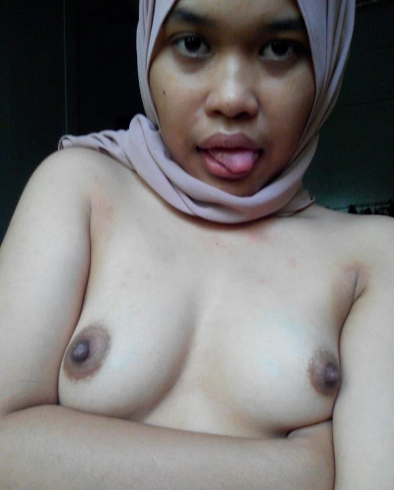Indonesian girls nude selfies