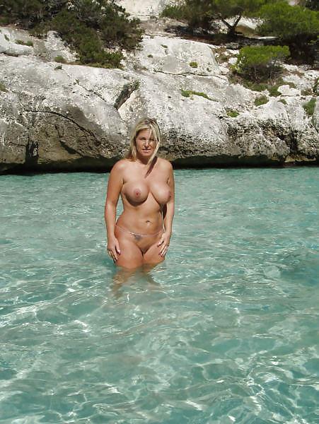 Mature nudist sex pics