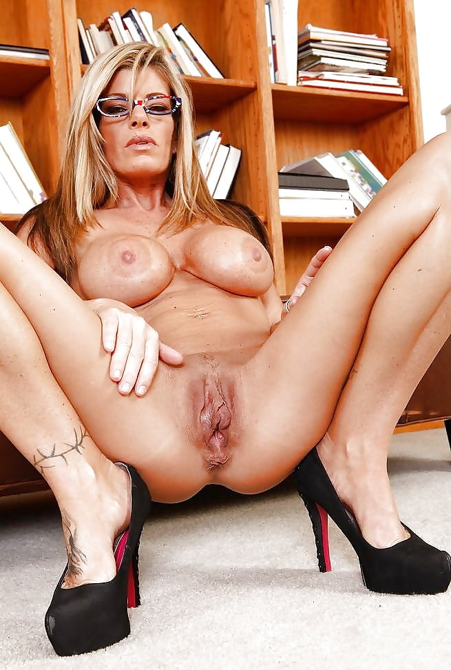 Krystal Summers Pictures And Pics