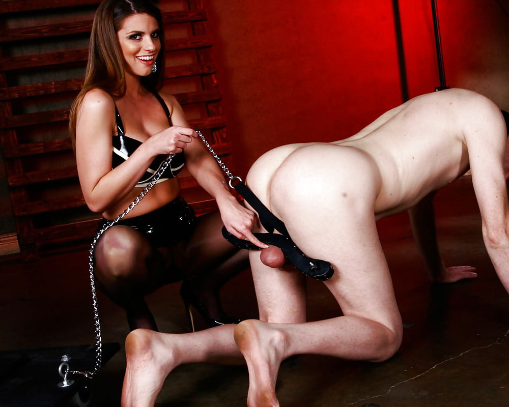 Nude submissive mistress
