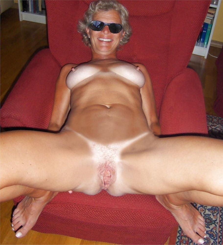 Mature nude tan lines-7889
