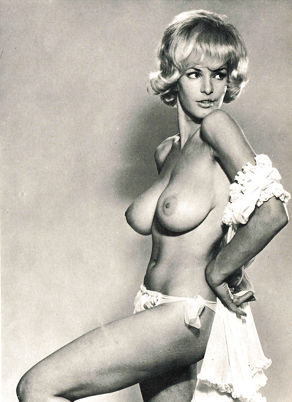 Showing porn images for betty brosmer nude porn