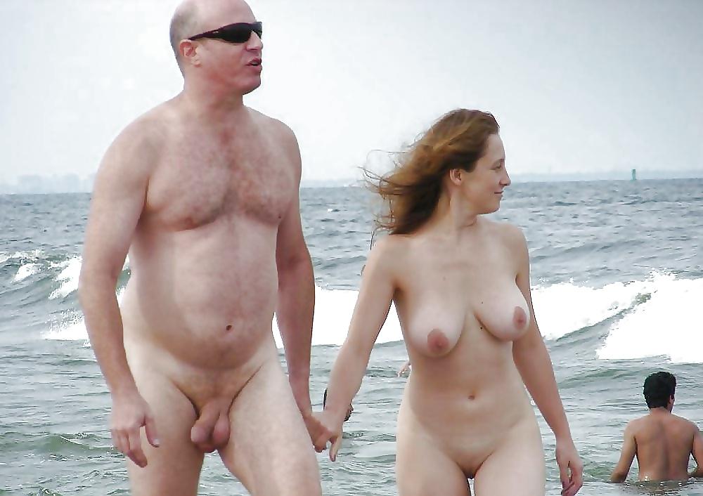 Girl beach naked-6608
