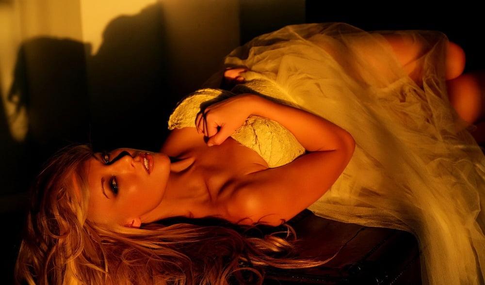 Free amateur allure movies Amateur nude pics gallerys