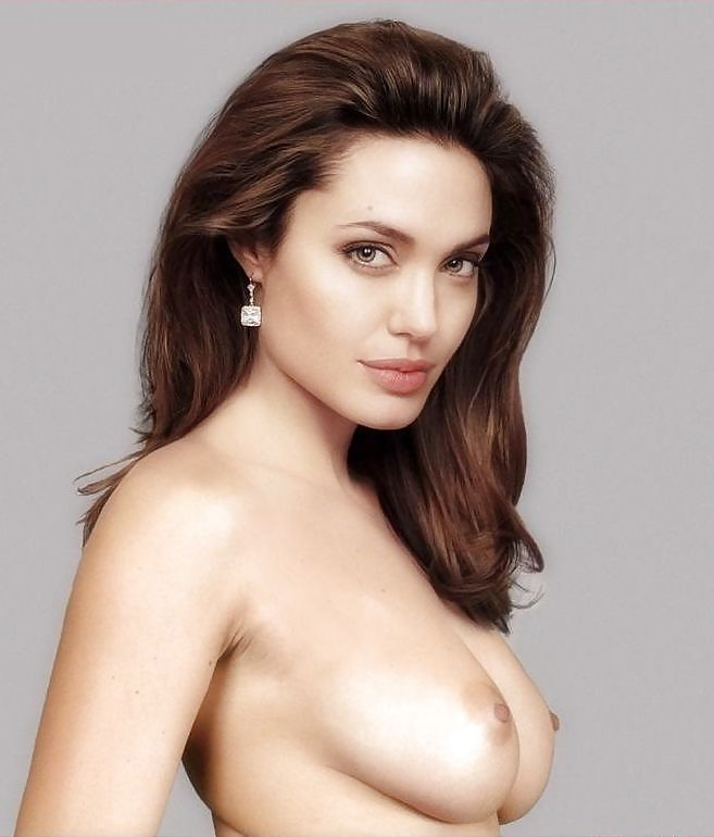 Angelina Jolie Naked And Spreads Her Pussy To Fuck