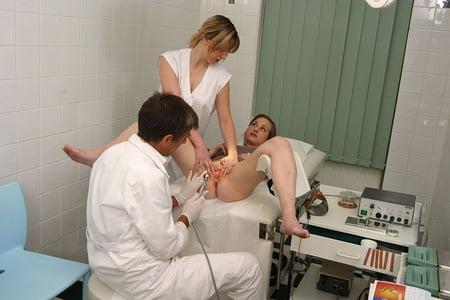 Beim doktor nackt German Porno