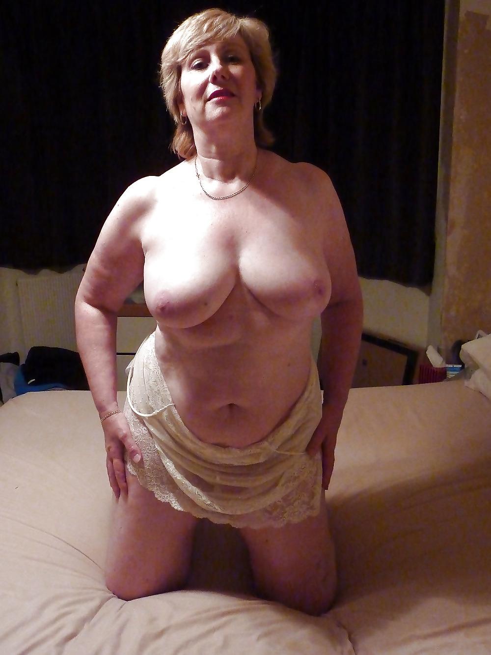 Birmingham prostitute giving good head - 3 part 5