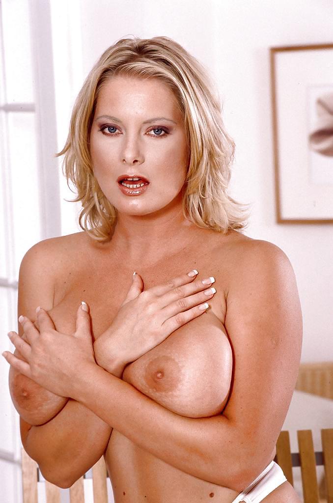 Big Boobs Star Veronika Pagacova Free Pics, Pictures And Biography
