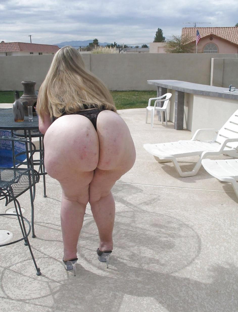 Gigantic ass pics 14