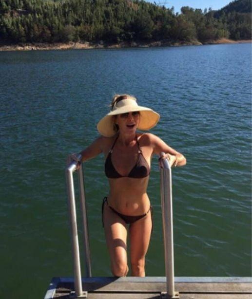 Amanda Holden - 16 Pics