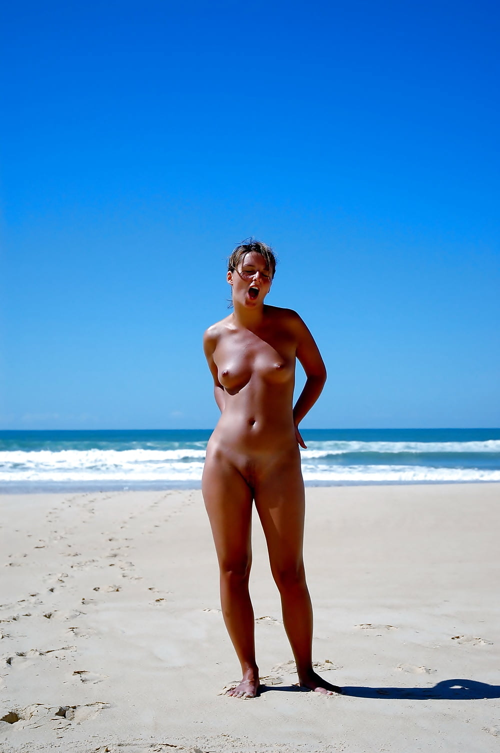 fracture-private-nude-beach-she-shoots