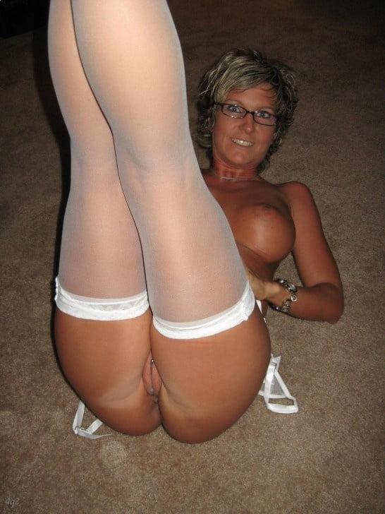 Horny mature women xxx-3696