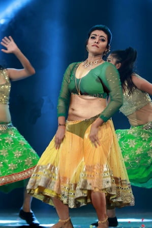 Bikini Nude Schauspielerin Malayalam Pic
