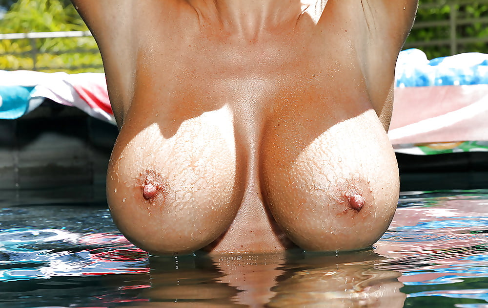 Big wet boob, black girl long hair naked