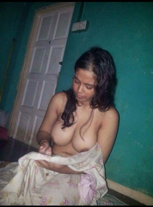 Naked drunk desi girl sex, real amateur pantyhose upskirts