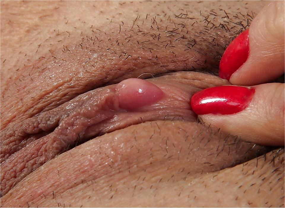 Rubbing Big Clit Orgasm