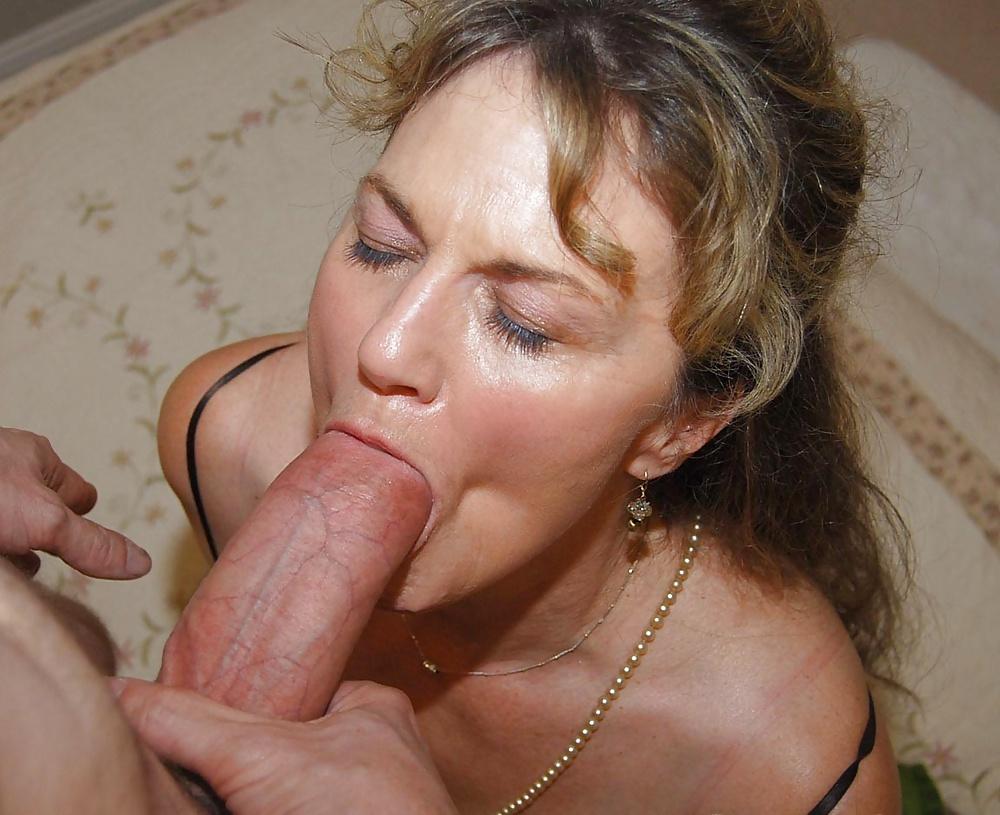 смотреть как в возрасте женщины глотают сперму - 7