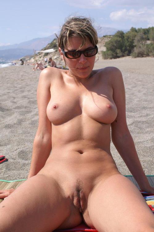 Naked beach sex-5184