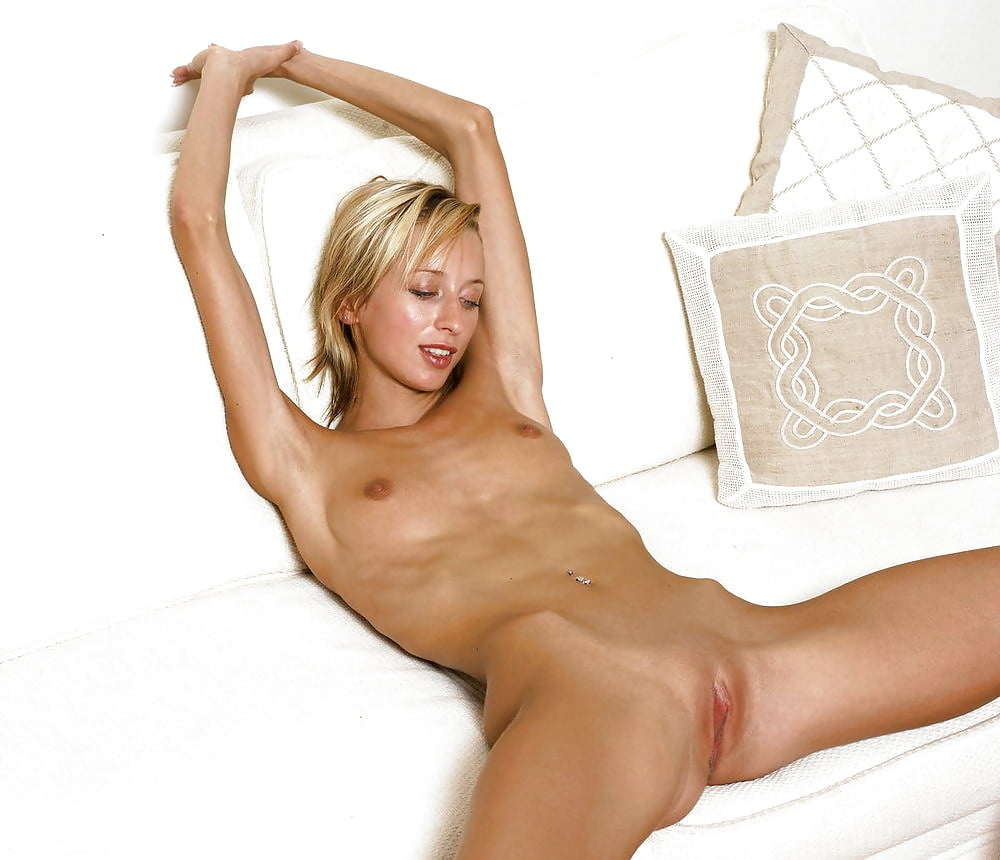 Beautiful Skinny Blonde Girl Showing Her Nude Sporty Body