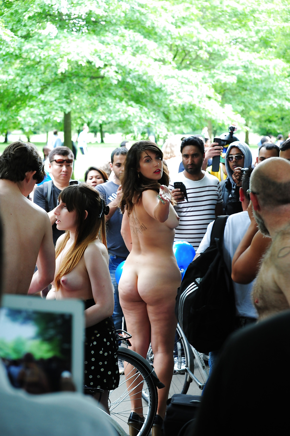 London nude pornographic images, rider naked