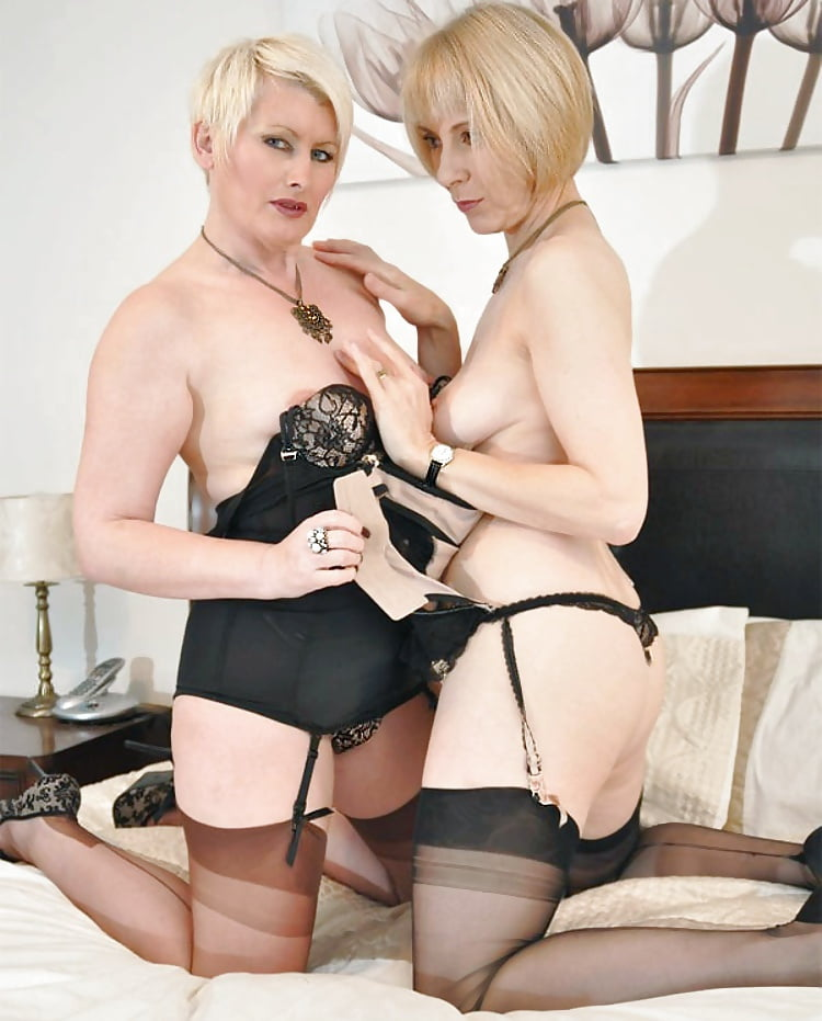 Sexy Hairy Nylon Mature Lesbian