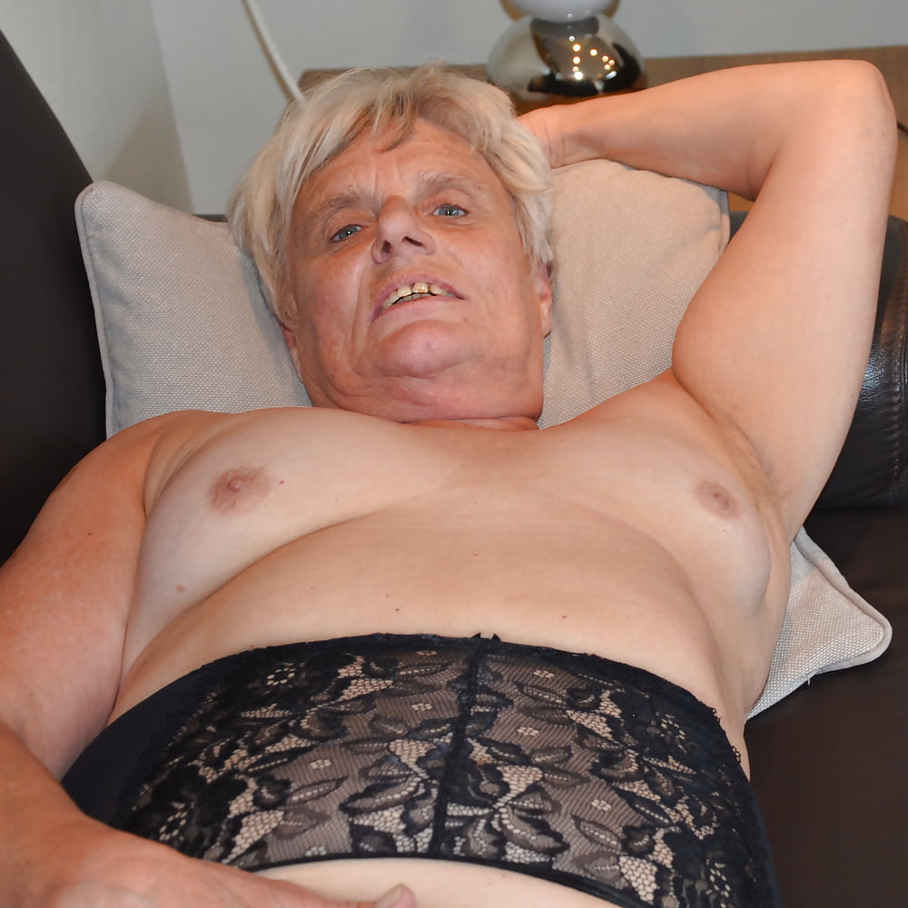 heidi-granny-nude-beautiful-sexy-nude-women-in-public