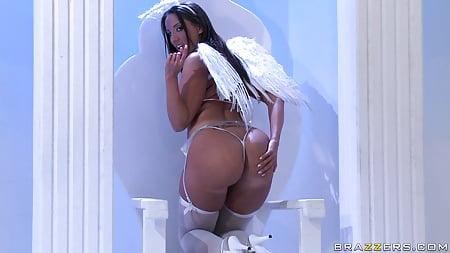 kelly devine angel