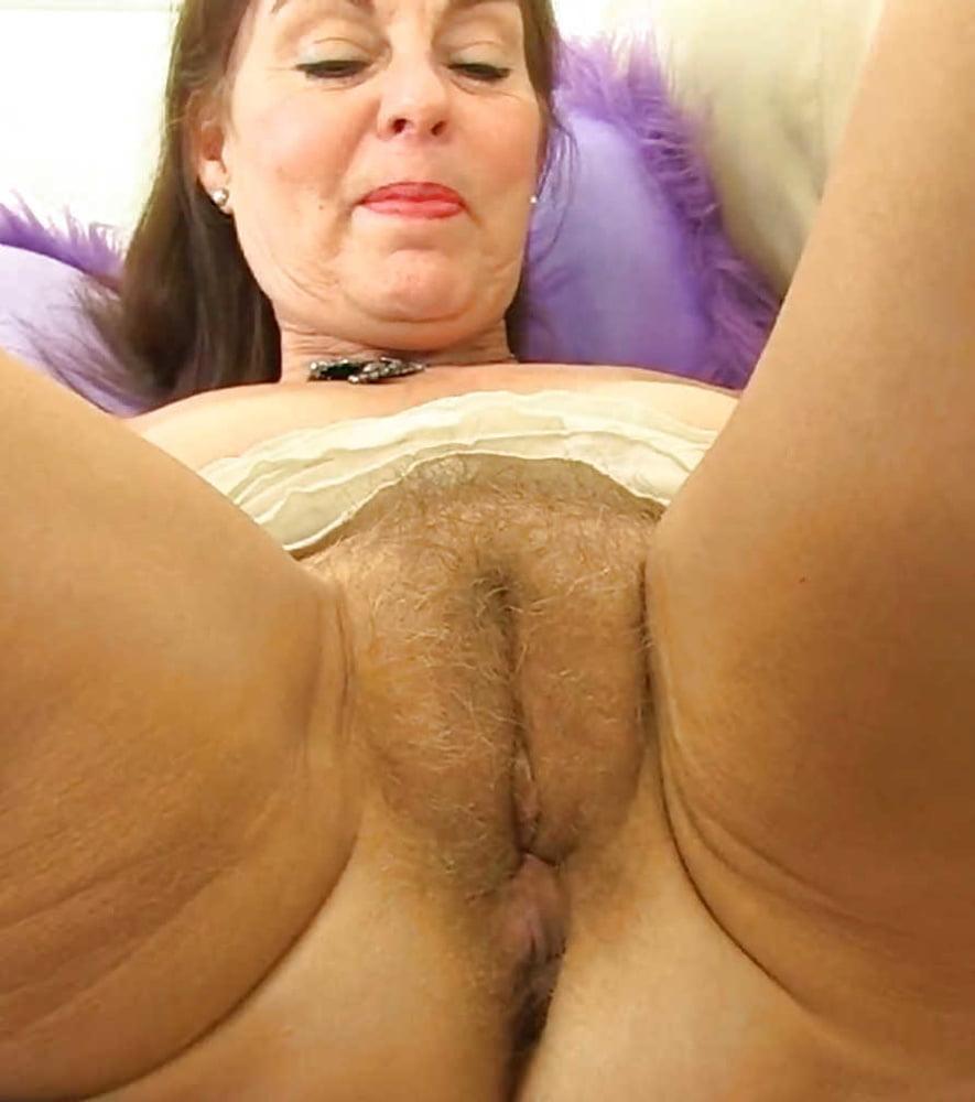 Фото старых баб снизу, самбука катя порно онлайн без цензуры