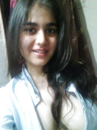 busty pakistani teen
