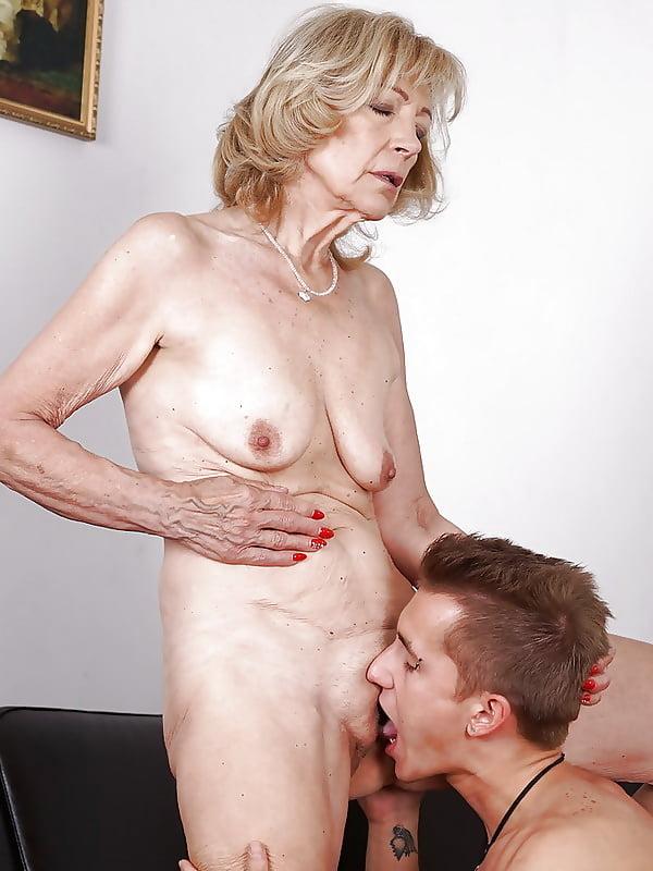 i-eat-my-grandmothers-pussy