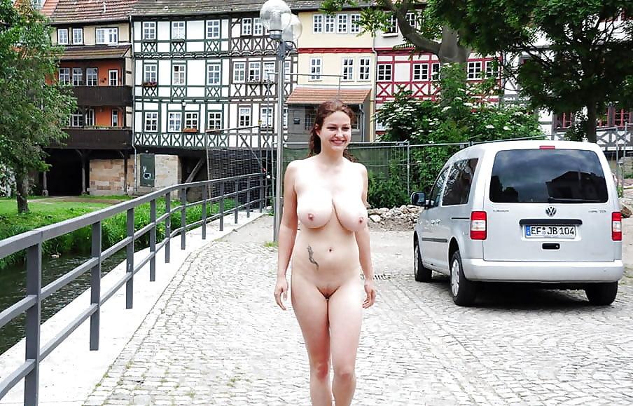 Teen likes her boobs