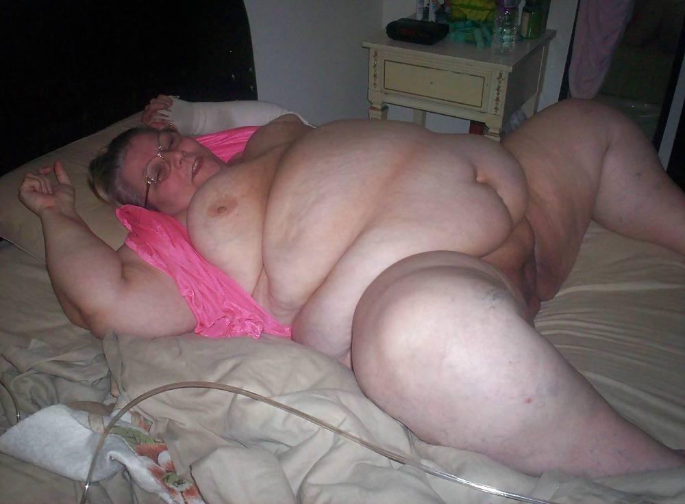Интим встречи женщины толстые, до каких пор в бабу входит большой член