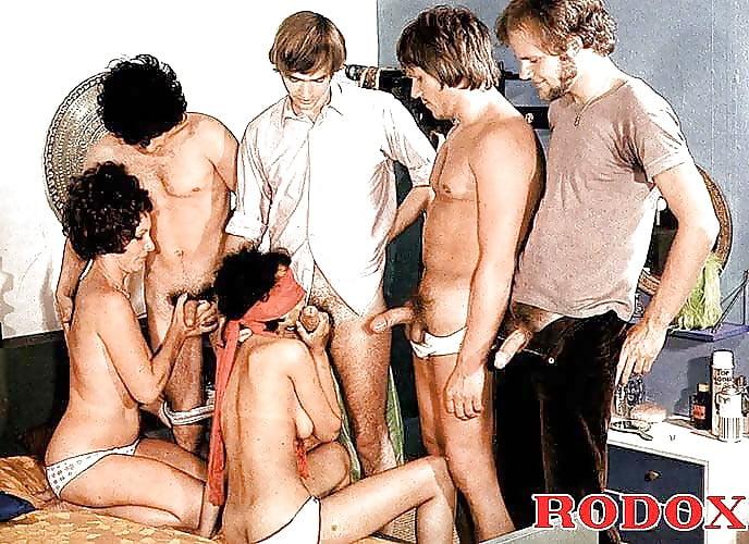 Порно фото групповуха ссср, хуй в сиськах у азиатки фото