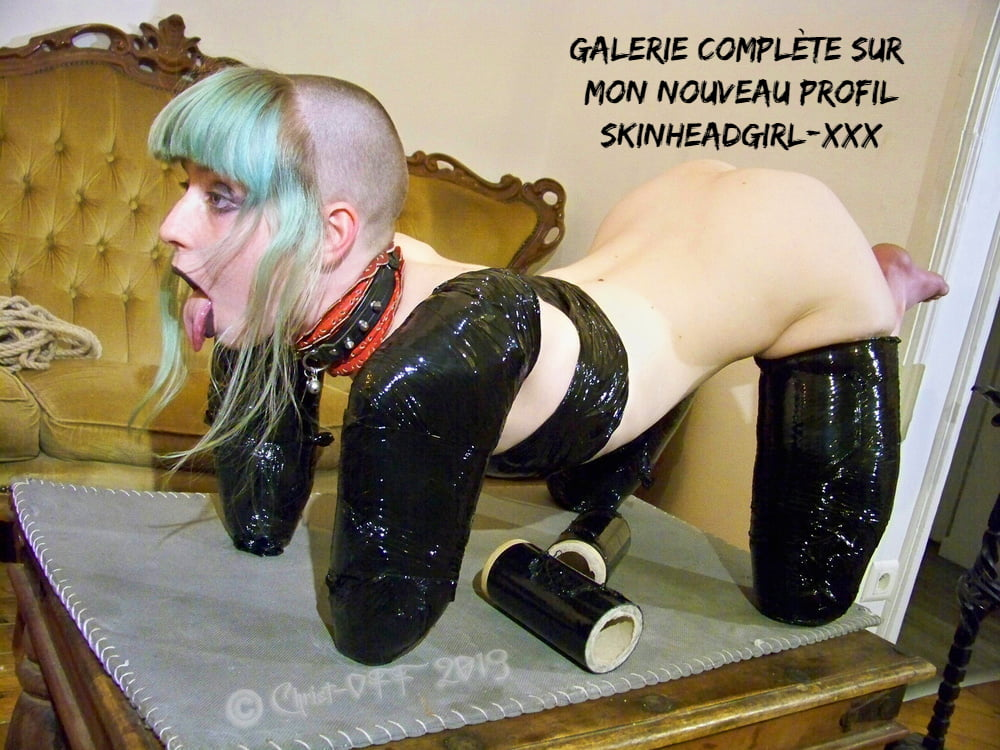 Skinhead Girl Naked