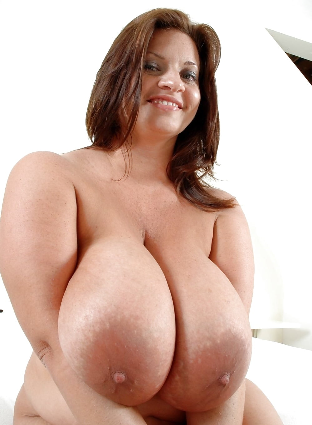 Three Beautiful Breasts And Voluptuous Girls Porn Pic