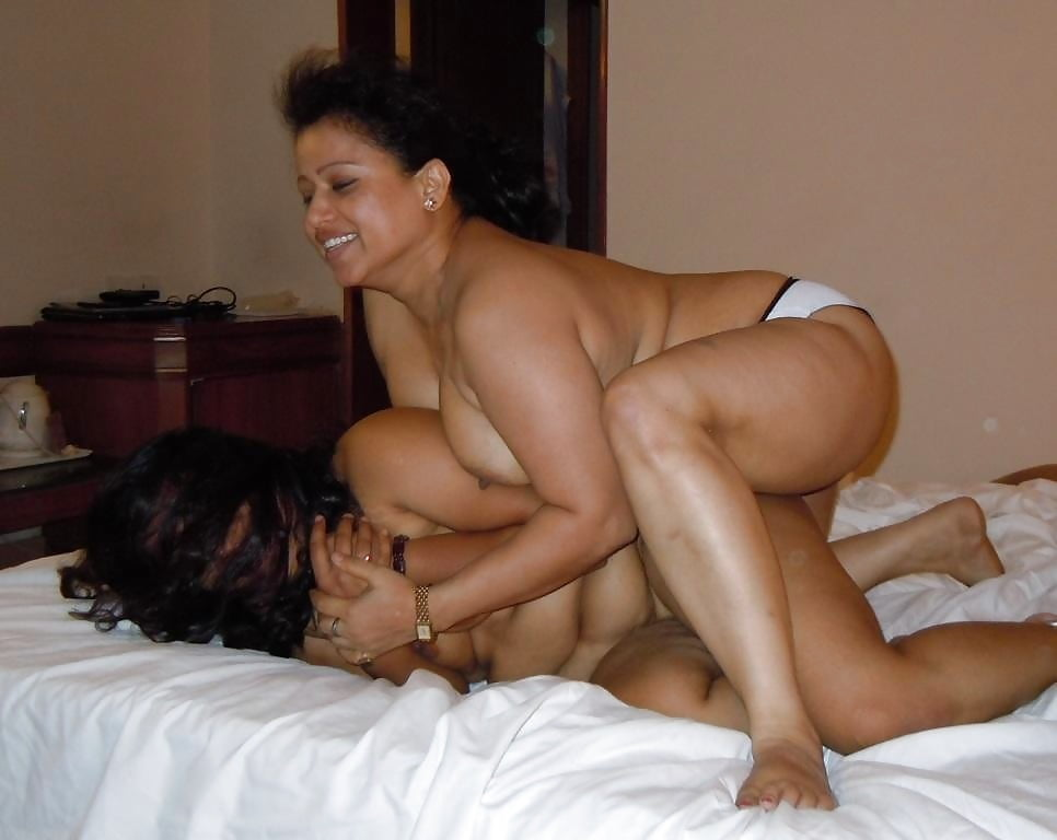 Desi Mature Aunty Having An Incest Sex With Her Nephew Porn Indian Image